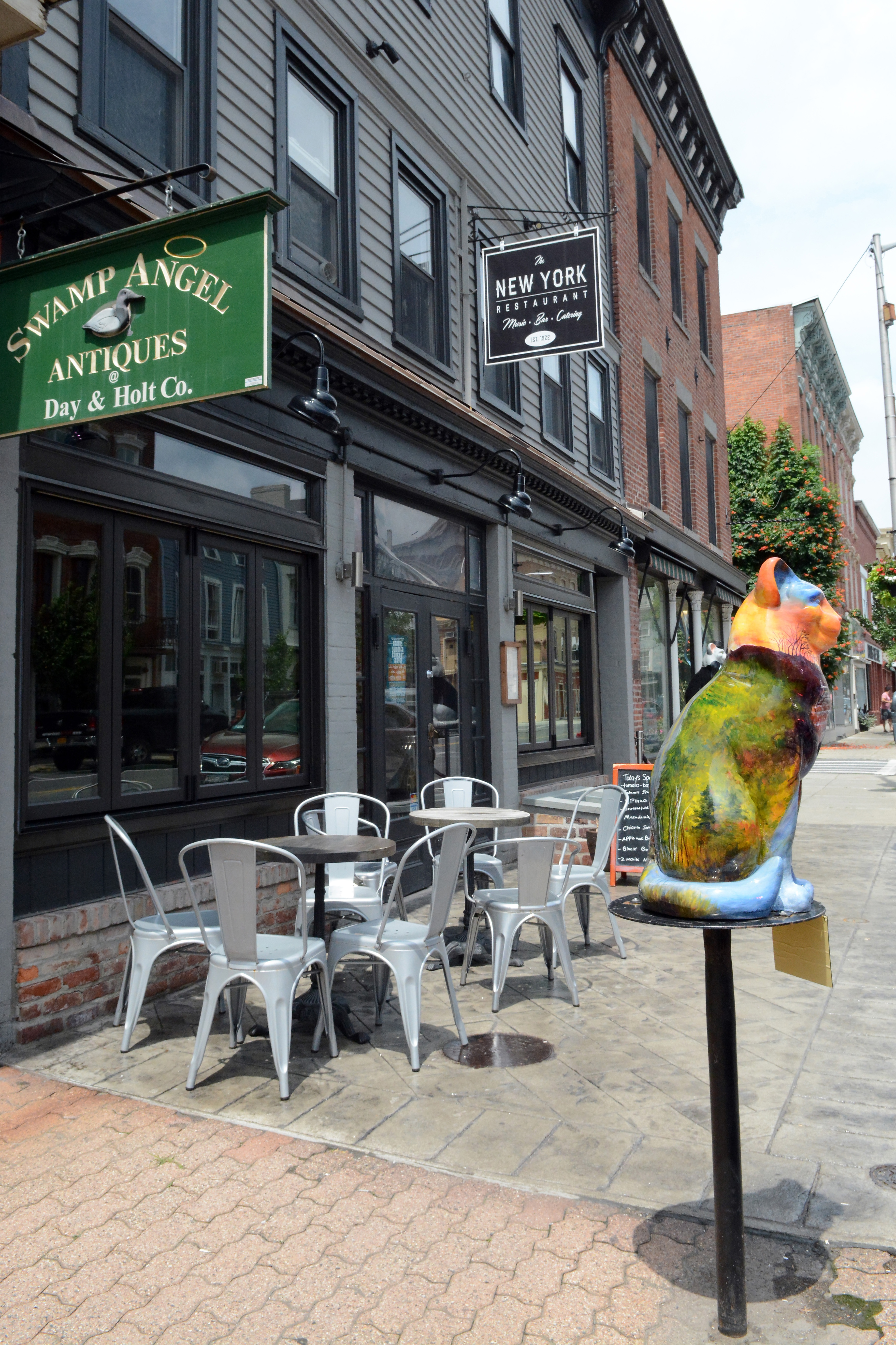 new-york-restaurant-downstreet-catskill-ny-invest-in-greene.jpg